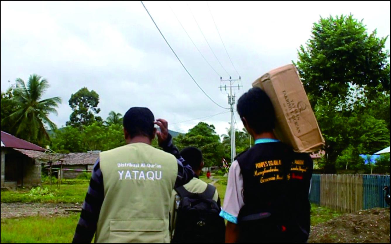 Distribusi 1000 mushaf untuk muallaf ambon