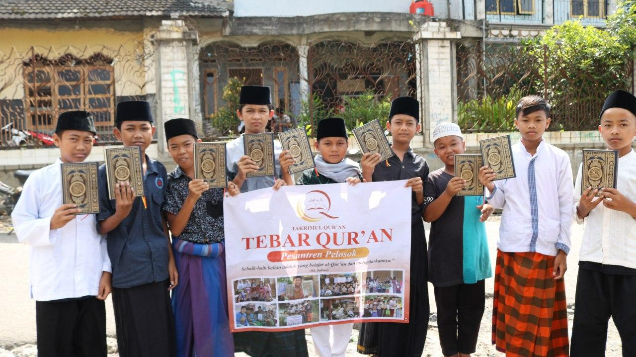 Yataqu Tebar Al-Quran untuk Santri Miftahul Quran Bogor